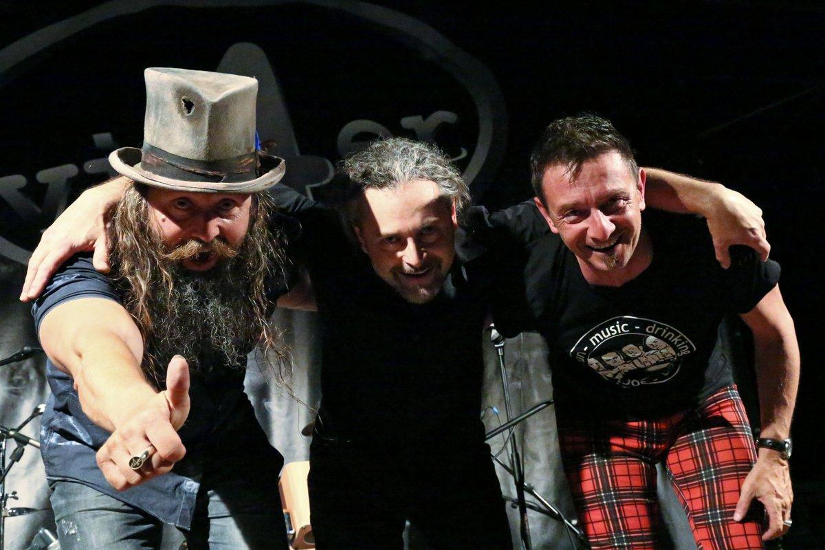 vi4er - das Akustik-Rock-Trio